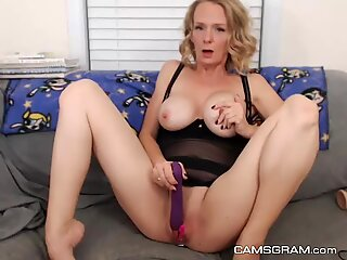 Yummy Milf Loves To Play With Her Warm Wet Gash