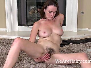 Pelosa Donna Veronica Snow rilassa dopo aver lavorato