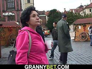 La donna Pelosa Tardona ottiene Rimorchiata per giocare